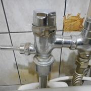 トイレバルブ取替え工事